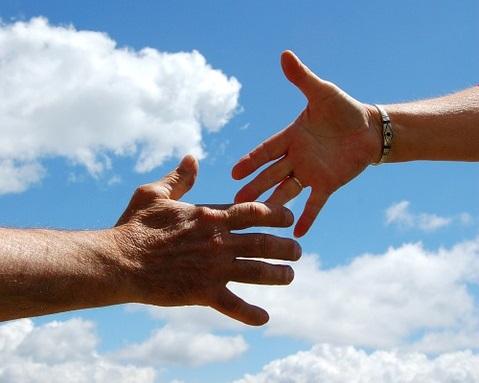 Handslag man och kvinna